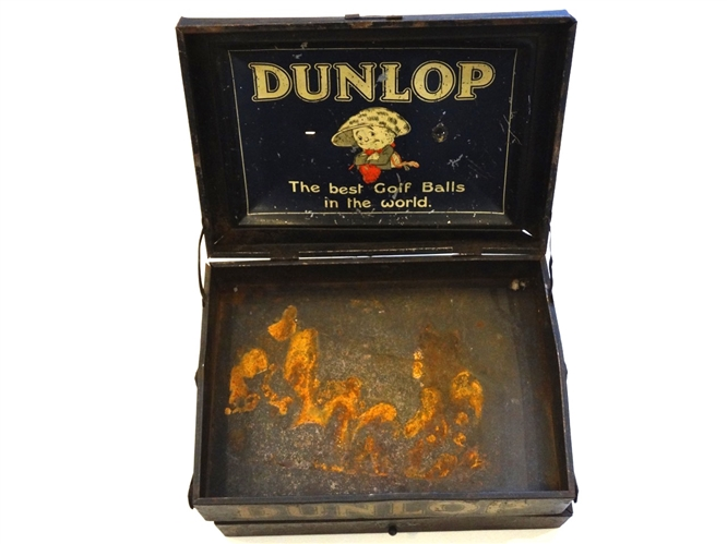 RARE 1910 DUNLOP METAL (TIN) BOX, WITH TWO COMPARTMENTS FOR DISPLAYING GOLF BALLS
