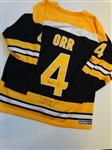 SIGNED BOBBY ORR NHL HALL OF FAMER AND BRUINS LEGEND OFFICIAL HOCKEY JERSEY WITH A PROVENANCE FROM A GOLF PROFESSIONAL