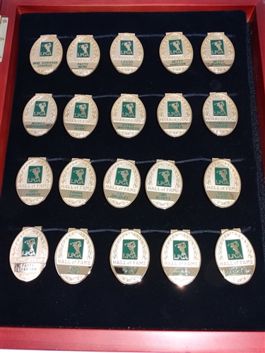 INCREDIBLE COLLECTION OF 20 LPGA HALL OF FAME BADGES IN PRESENTATION SHADOW BOX