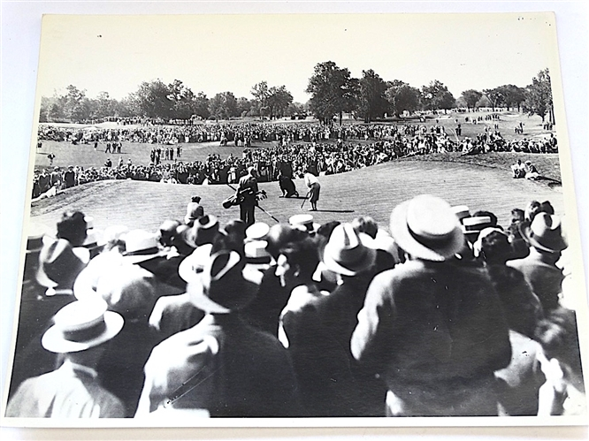 1929 U.S. OPEN PRINT, BOBBY JONES PUTTING  AT WINGED FOOT