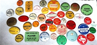 COLLECTION OF 43 CONTESTANT/PLAYER BADGES FROM VARIOUS GOLF TOURNAMENT, CIRCA 50S AND 60