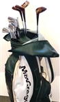 SET OF JACK NICKLAUS MACGREGOR STAFF CLUBS 10 IRONS AND 4 WOODS WITH A MACGREGOR GOLF BAG- NEVER USED