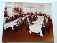 1979 PHOTO OF OFFICIAL MASTERS DINNER IN AUGUSTA NATIONAL GC. WITH WINNERS OF THE GREEN JACKET.  FUZZY ZOELLER WINNER.